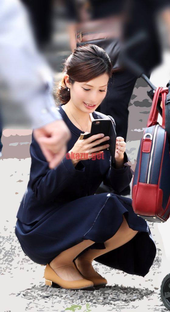 ママ しゃがみ  子連れママしゃがみパンチラ画像30選⑥ | シコシコママ in 2020 ...